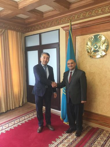 Azerbaijani investors interested in implementing projects in Mangystau region